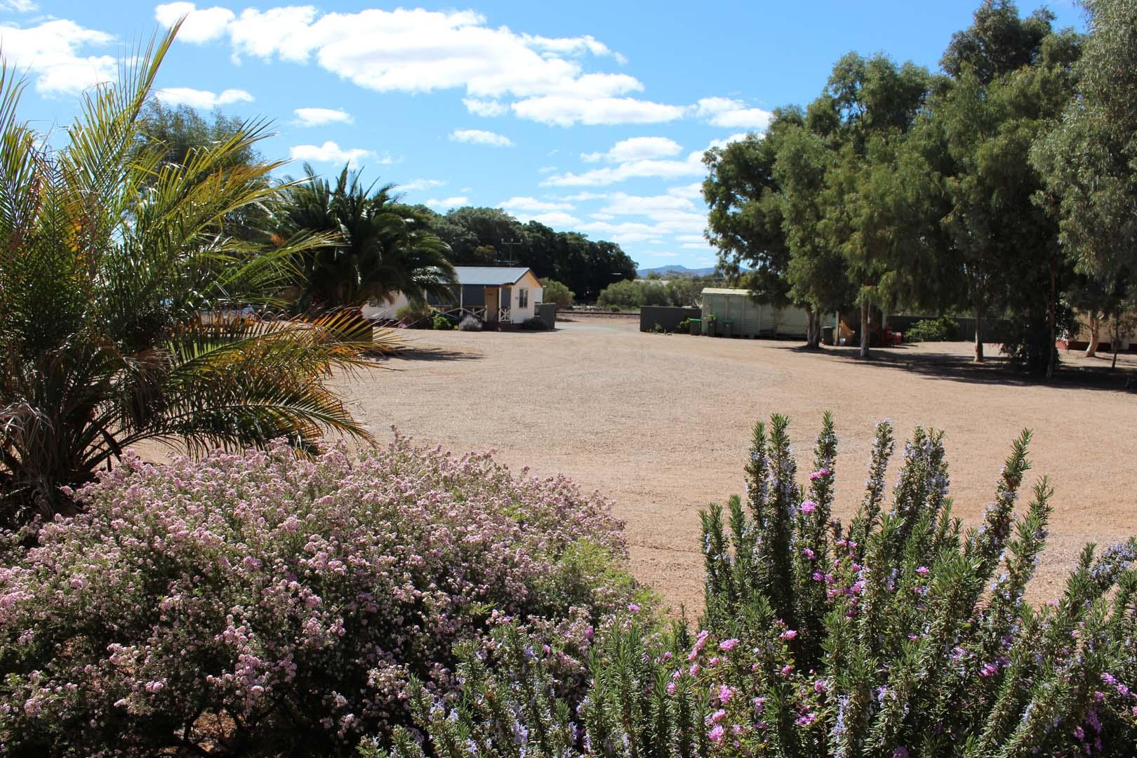 fuller-views-cabin-park-garden-flora-front-gate