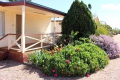 fuller-views-cabin-park-garden-front-cabin-plants