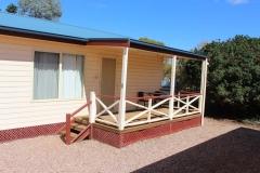 fuller-views-cabin-park-veranda-side-of-cabin